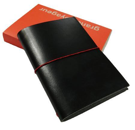 Carnet de note Grand Voyageur. Noir. Boîte cartonnée.